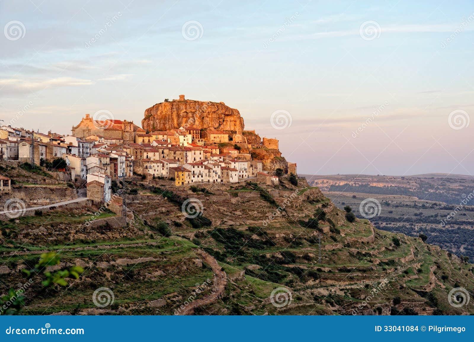 Mountain view de paysage de coucher du soleil de la for Paysage de ville