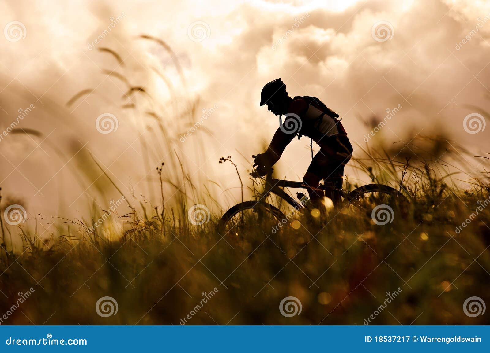 Mountainbikeman utomhus