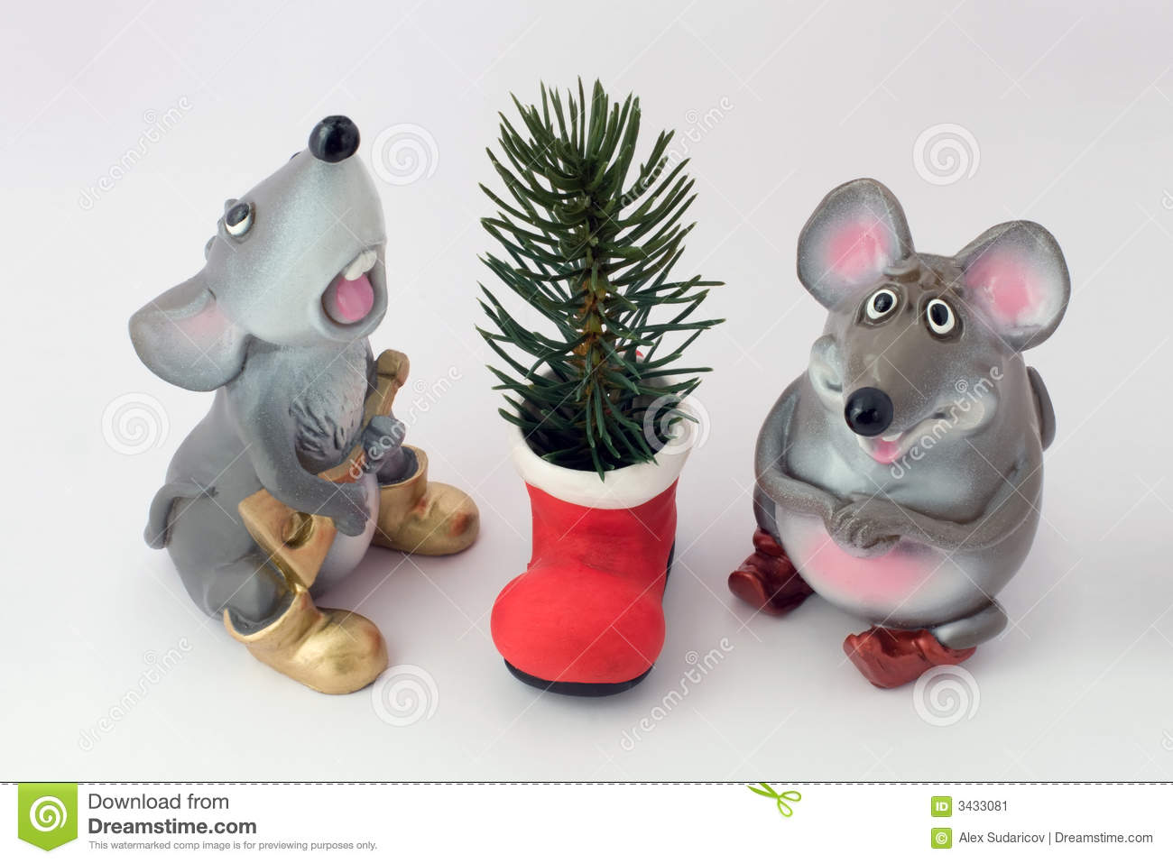 Mousy and a fir-tree