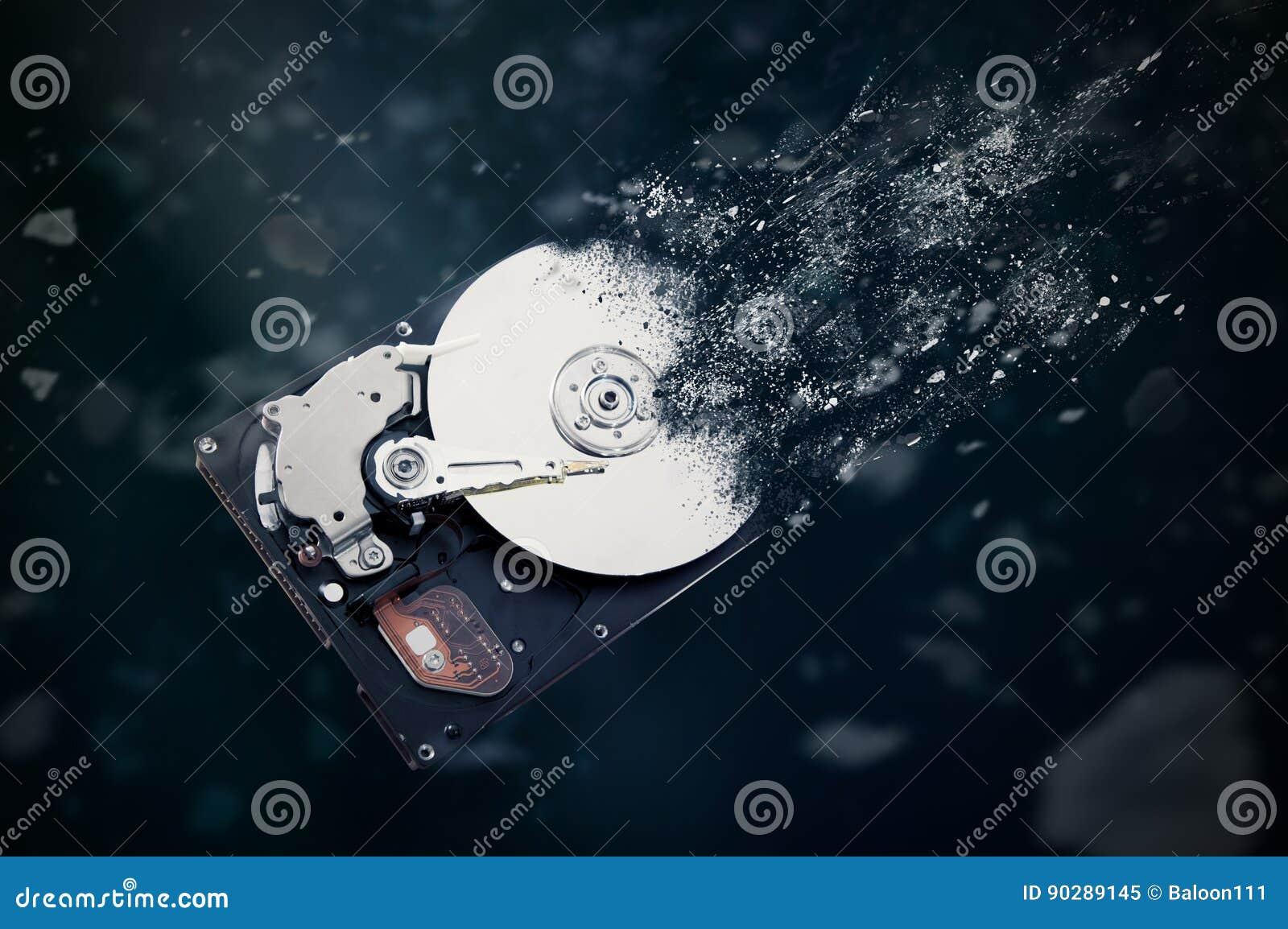 A movimentação de disco rígido velha está desintegrando-se no espaço