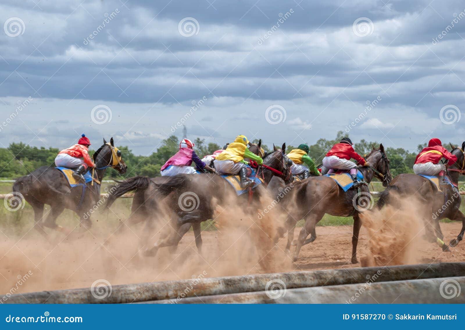 Movimiento de la carrera de caballos