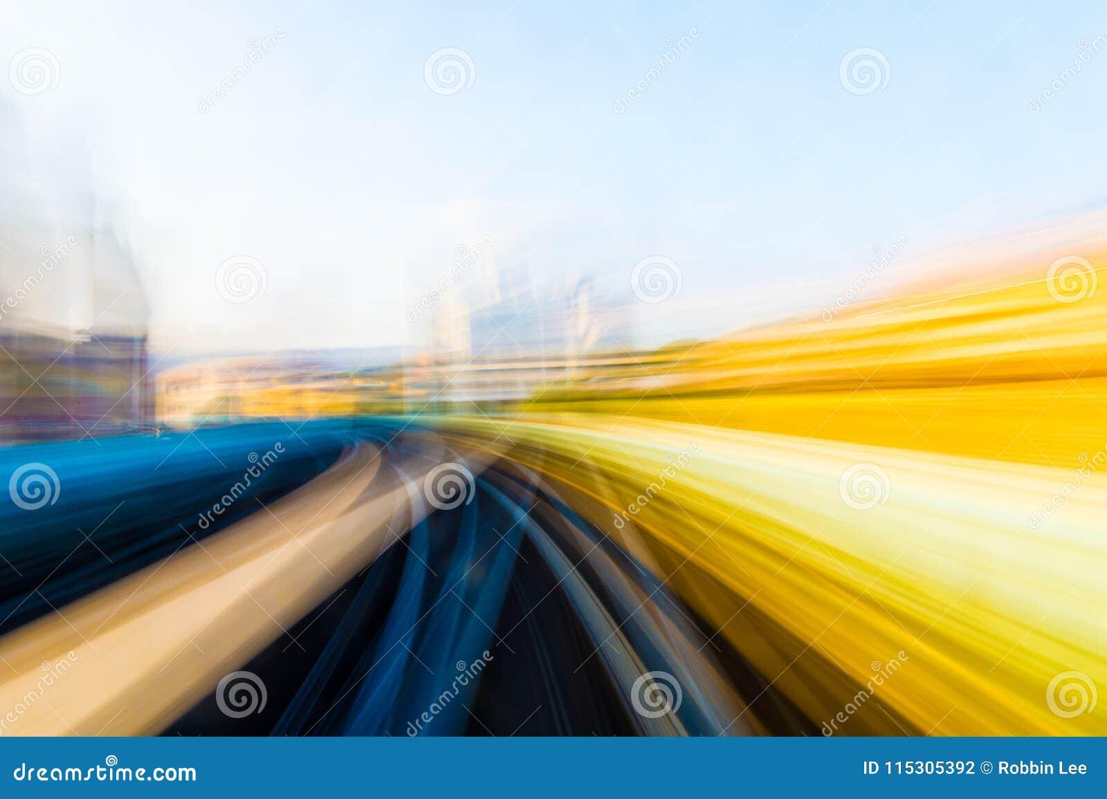 Movimiento de la velocidad en túnel urbano del camino de la carretera