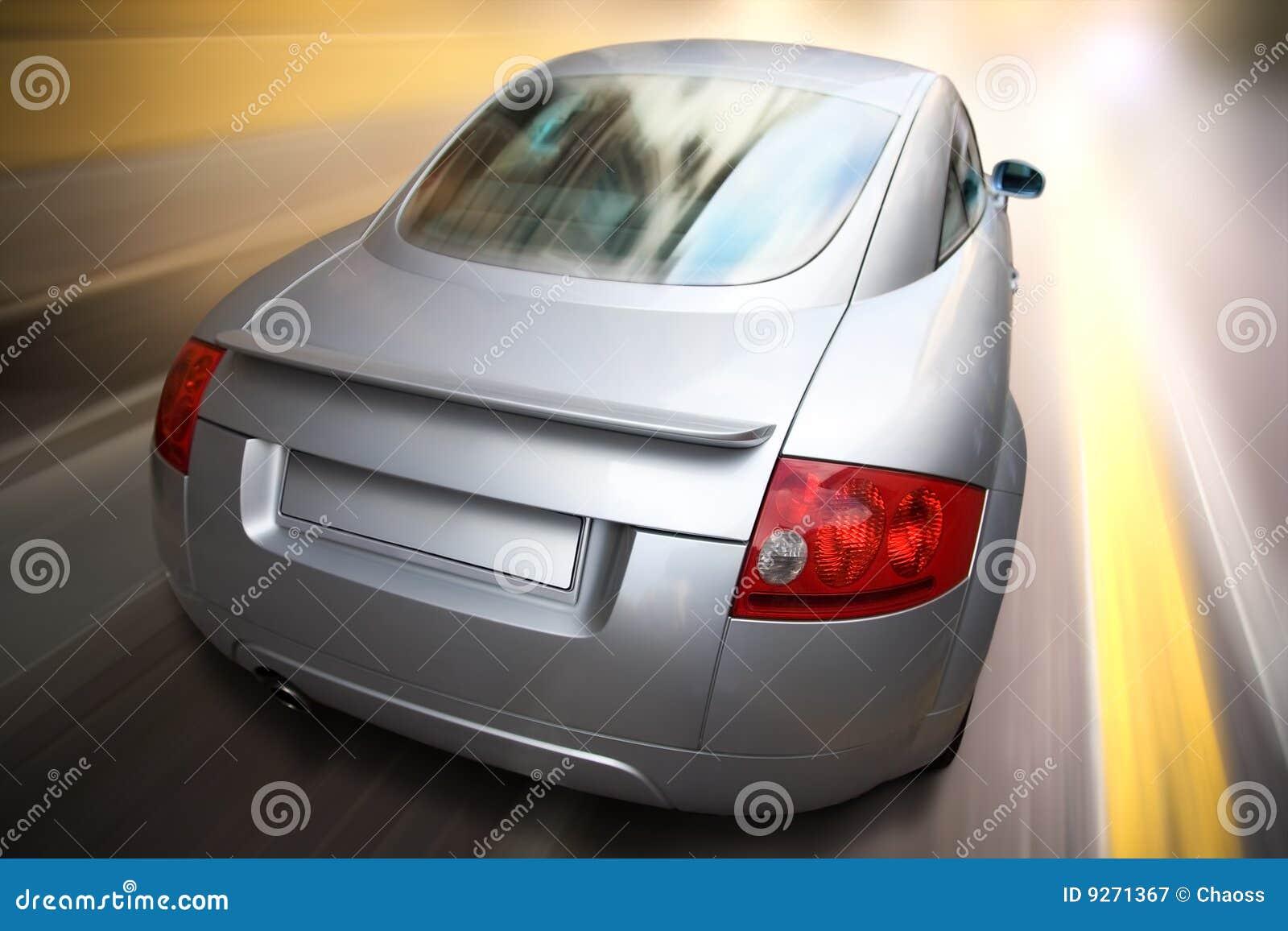 Movimiento rápido del coche deportivo