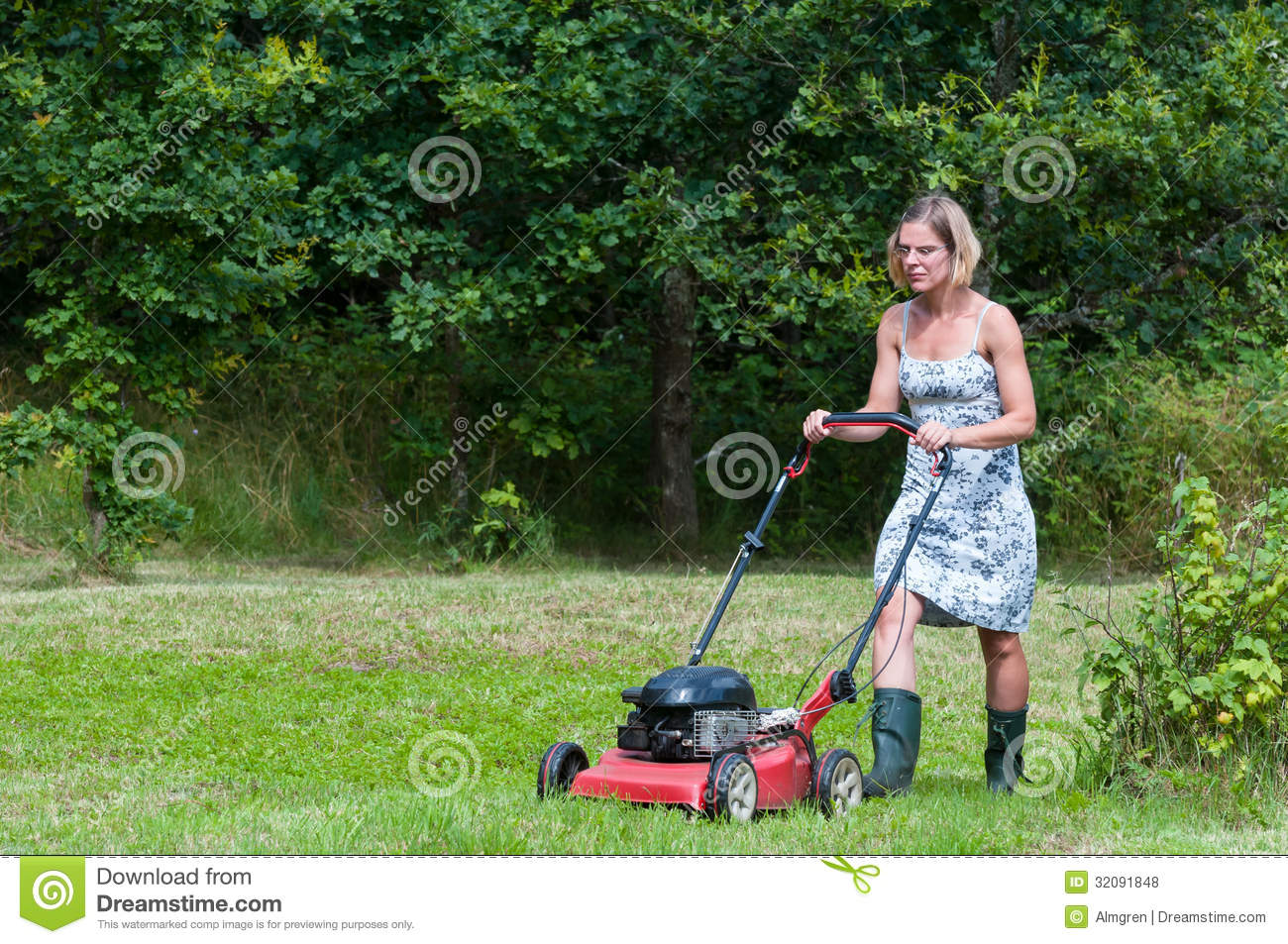 Mowing Grass Royalty Free Stock Photos - Image: 32091848