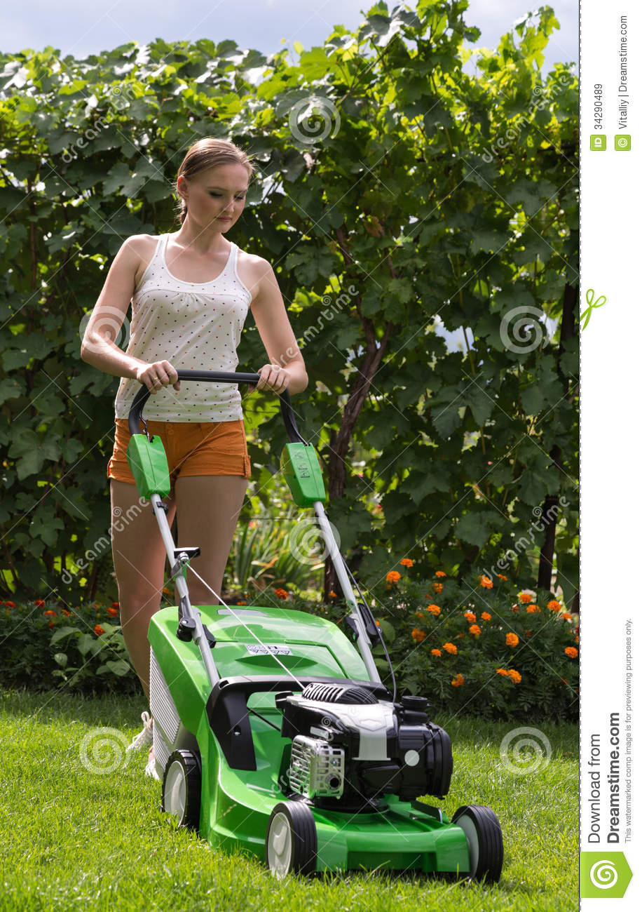 Mowing The Lawn Royalty Free Stock Images - Image: 34290489