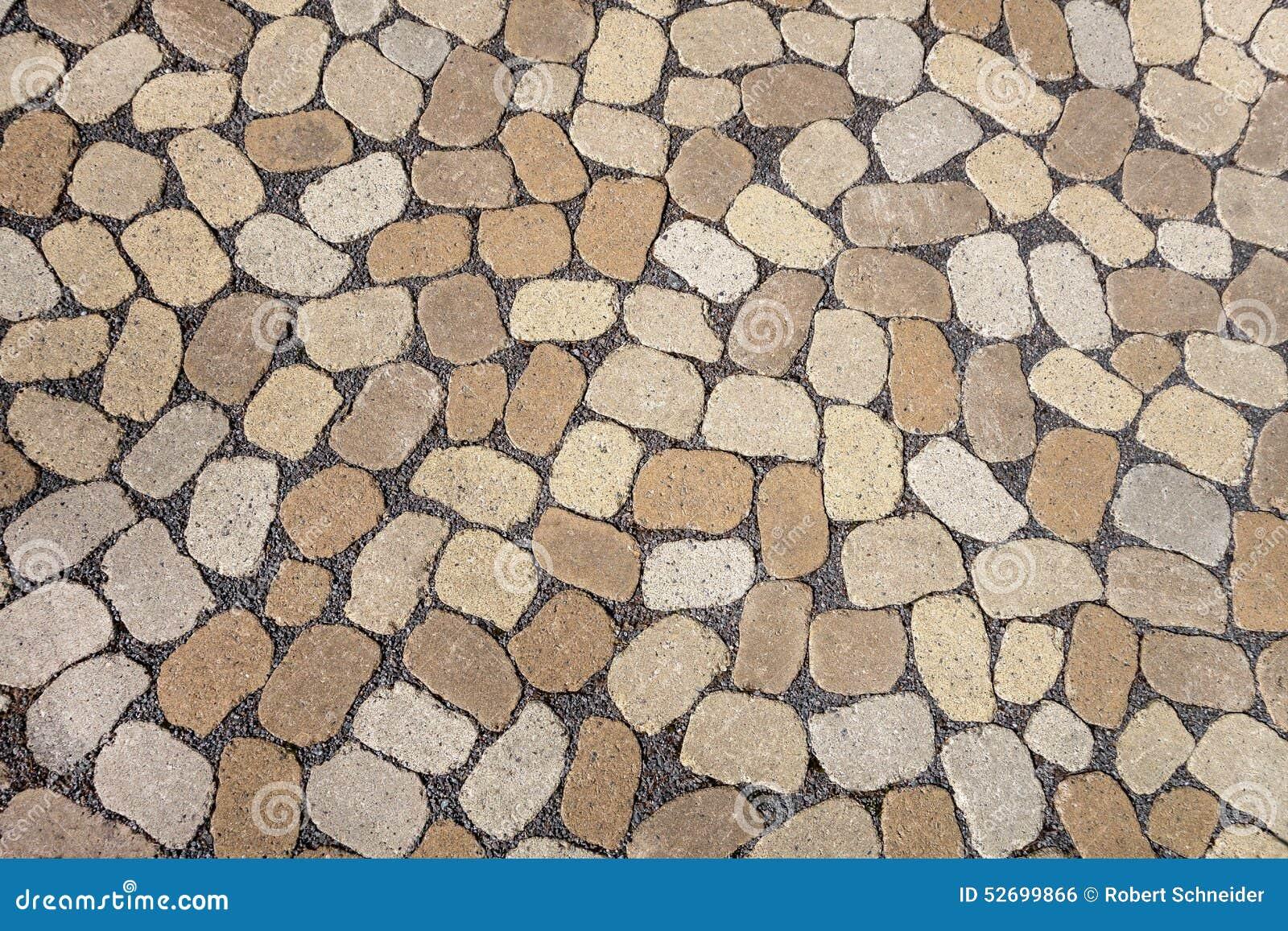Mozaïek Van Ovale Grijze En Bruine Keien Stock Foto - Afbeelding ...