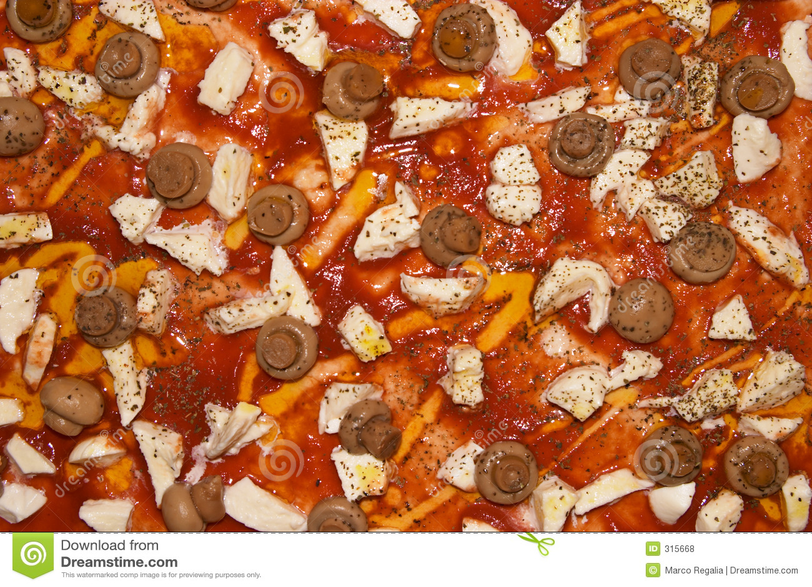 Mozzarella pieczarkowa pizza