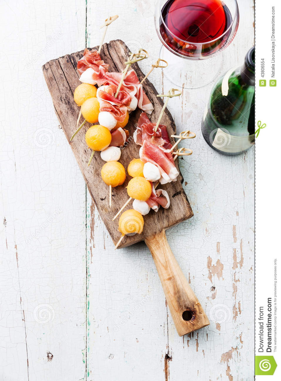 Mozzarella prosciutto melon canapes stock photo image for Prosciutto and melon canape