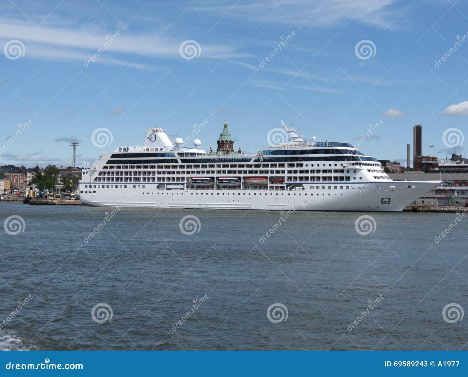 MS Nautica cruiseferry w Helsinki