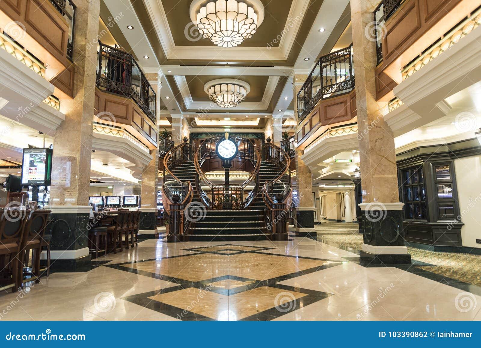 MS Queen Elizabeth Casino Staircase