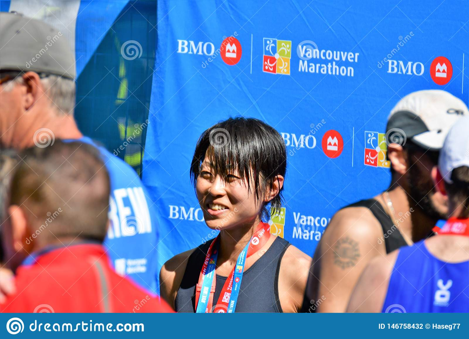 Ms. Yuko Mizuguchi won female 1st place at Vancouver maraton.