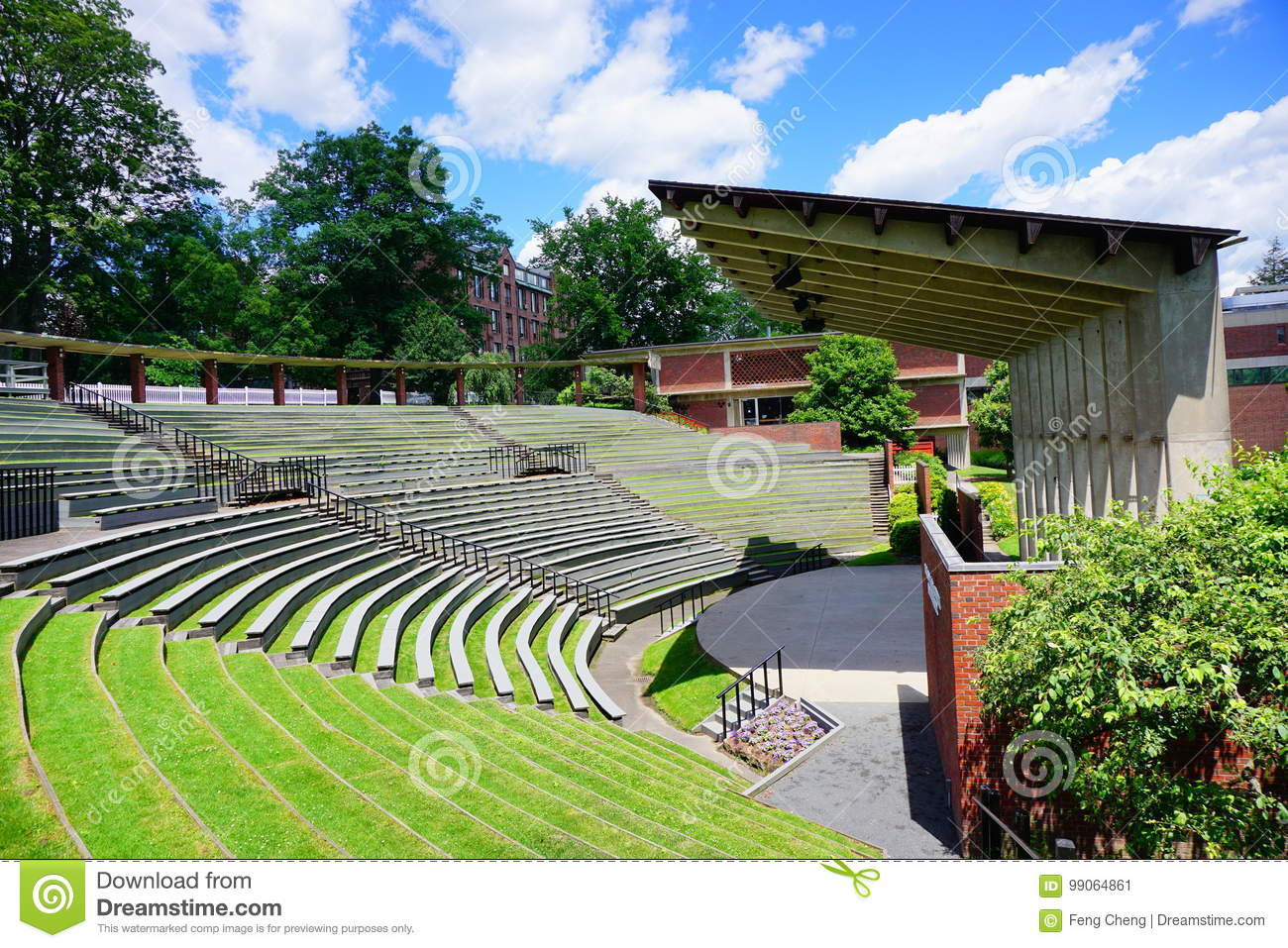Mt Holyoke College Campus Landscape Stock Image Image Of Building