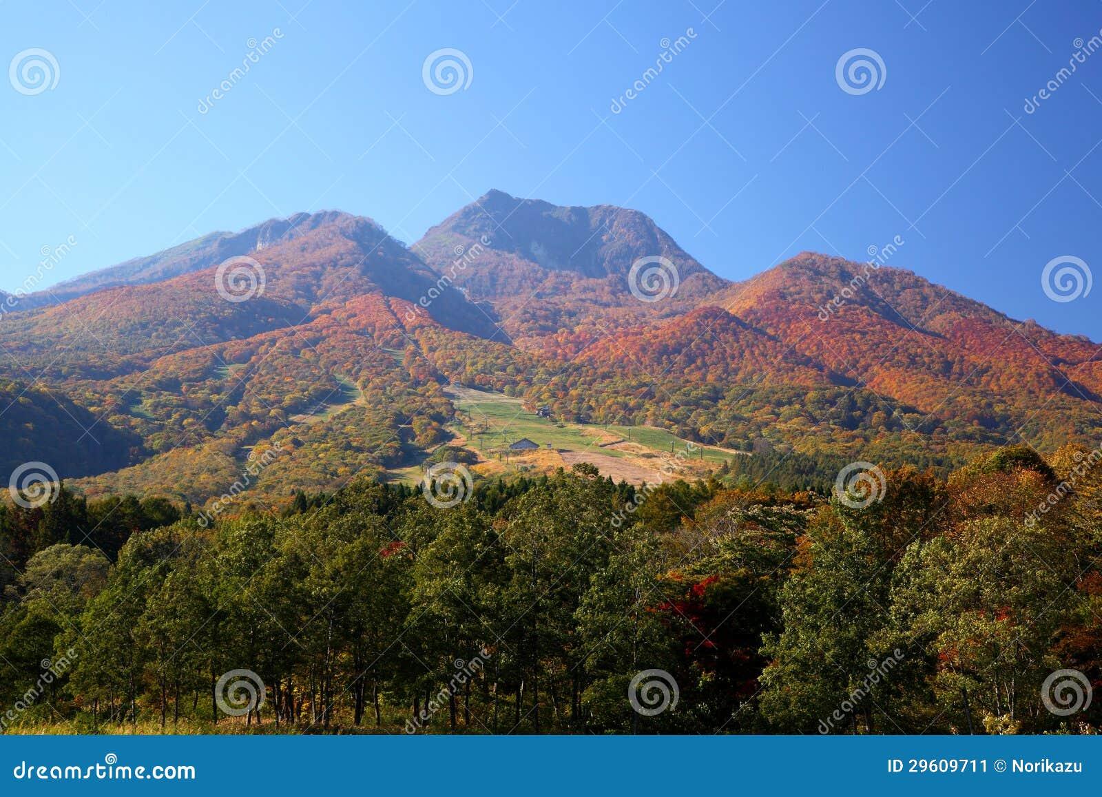 Mt. Myoko en automne