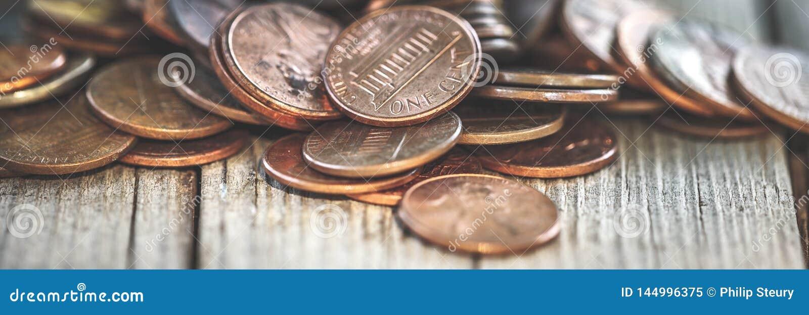Mucchio di vecchi penny