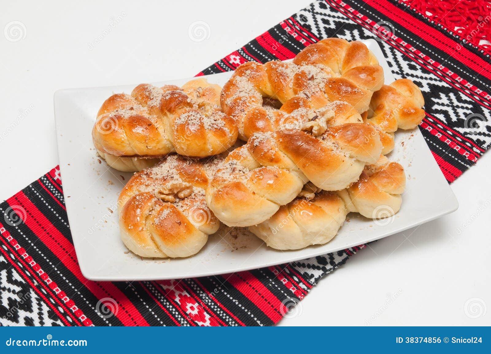 Mucenici: traditional Romanian cookies