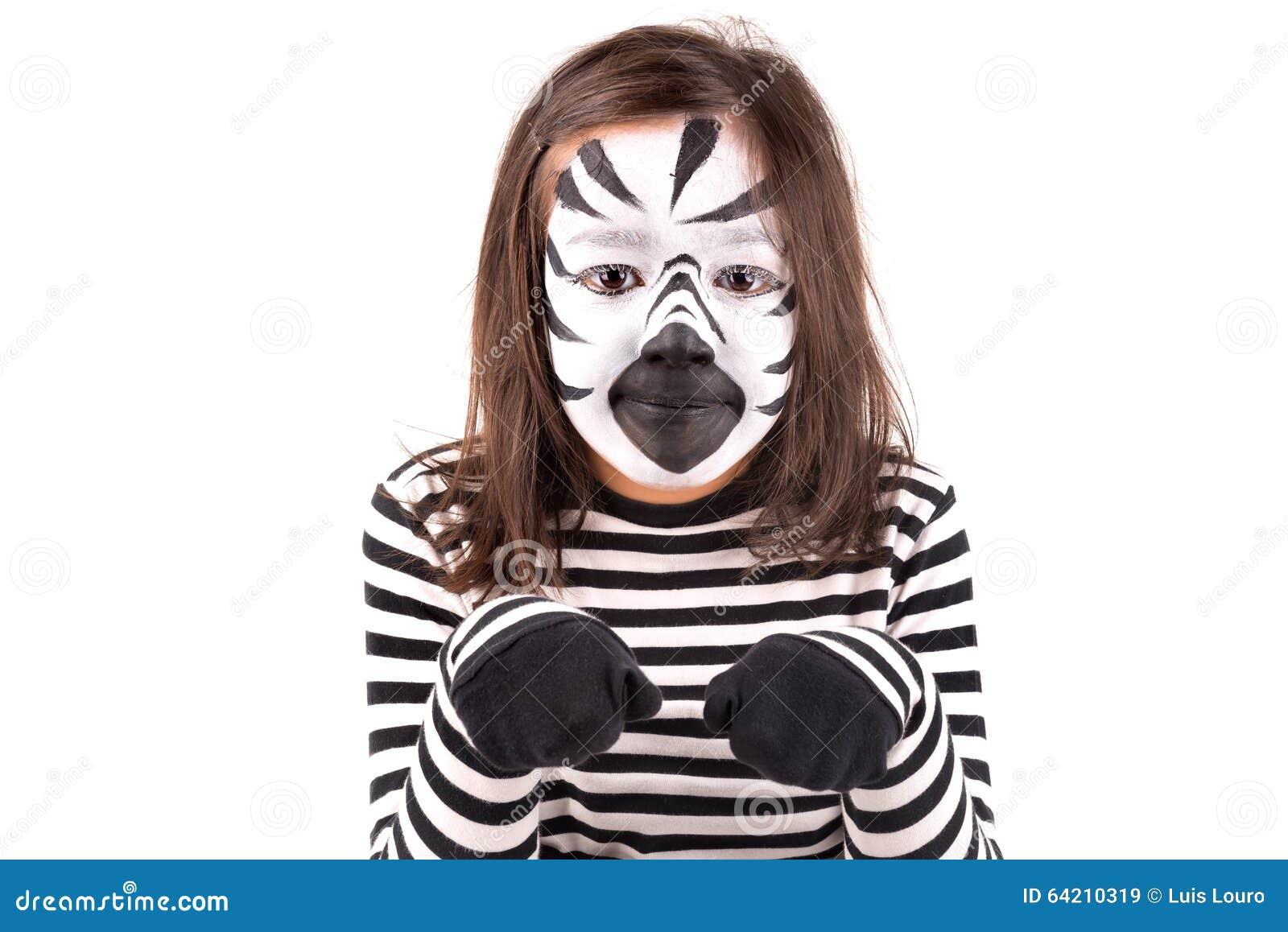 Muchacha con la cara-pintura