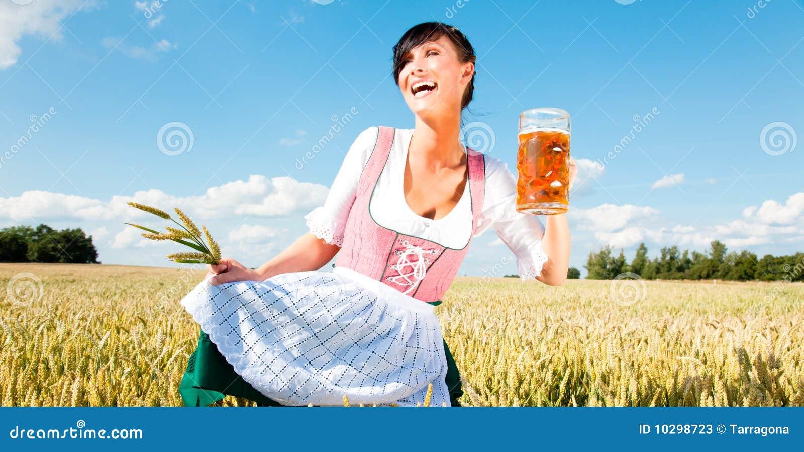 Muchacha de la cerveza