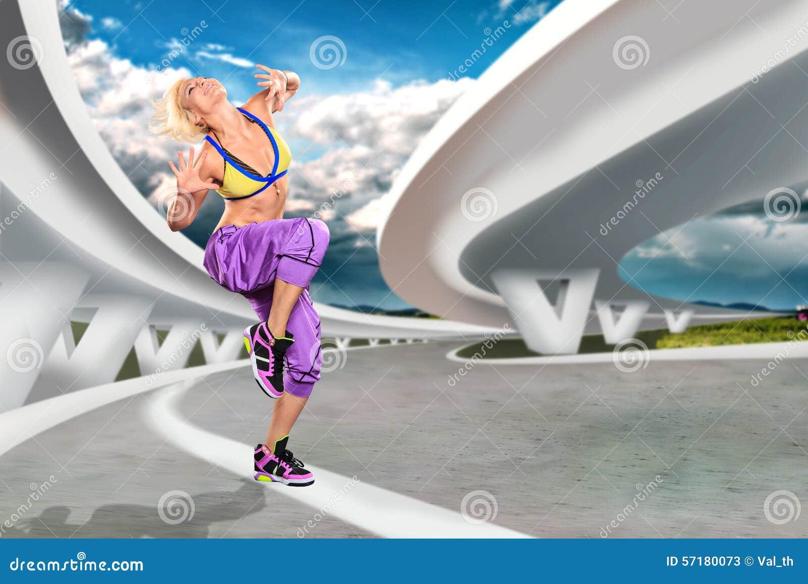 Muchacha de los aeróbicos