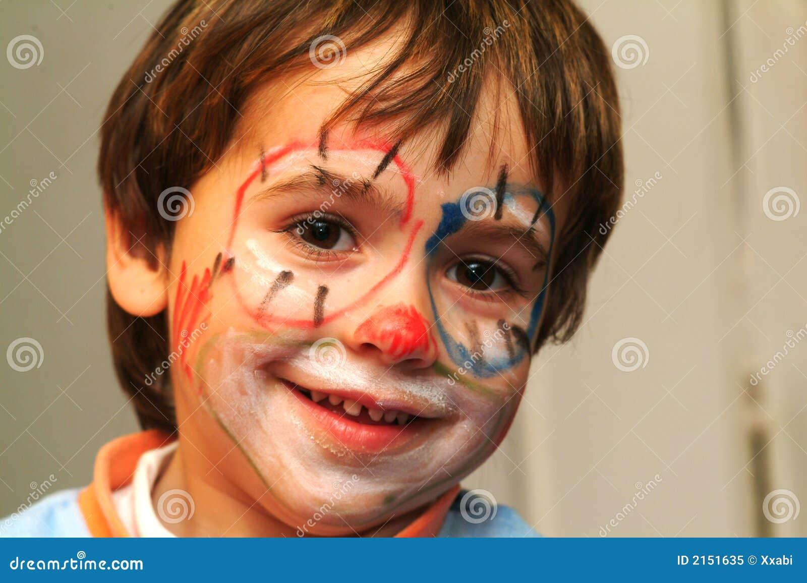 Muchacho con la cara pintada foto de archivo libre de for Cara pintada diablo