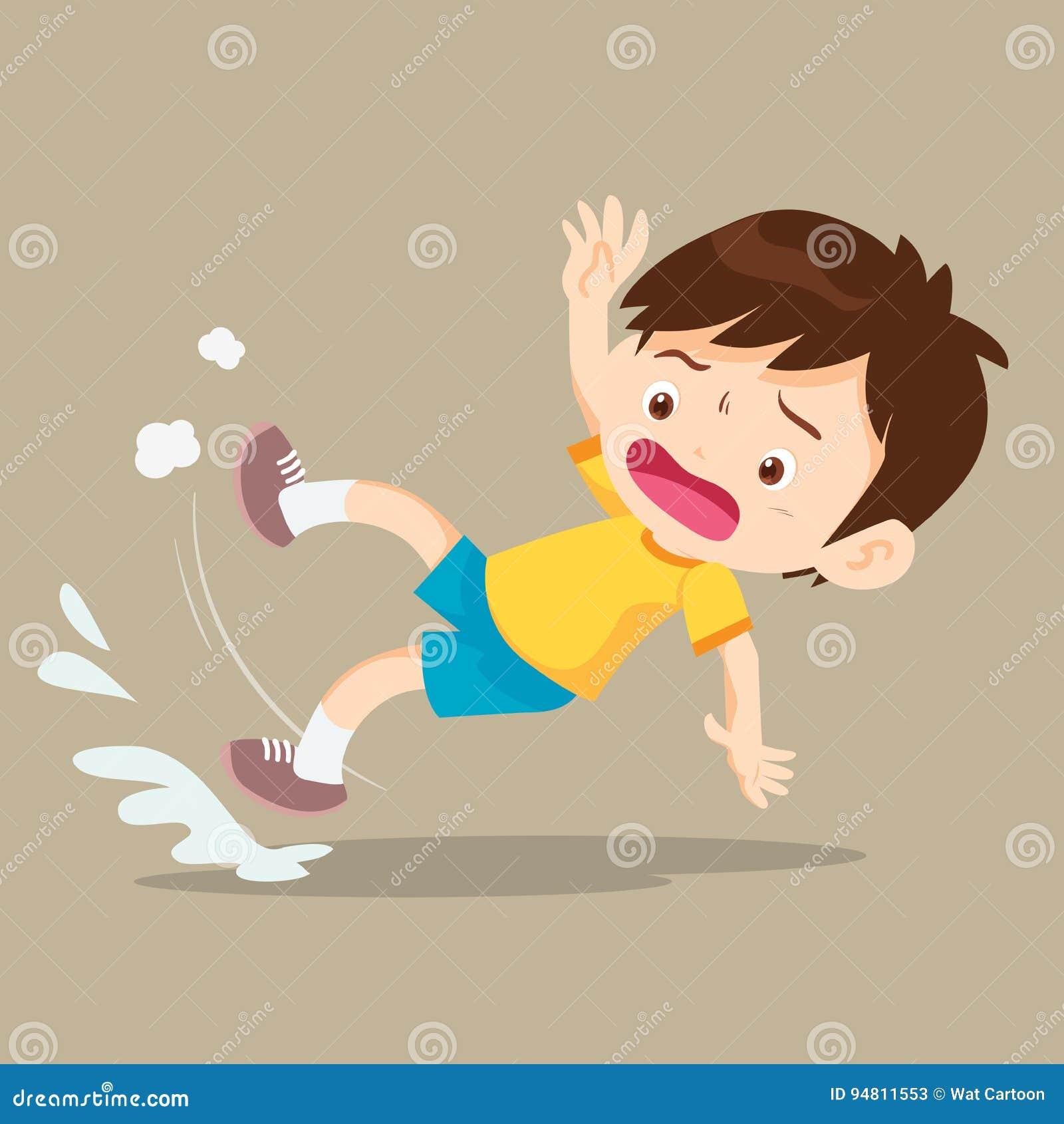 Muchacho que cae en piso mojado