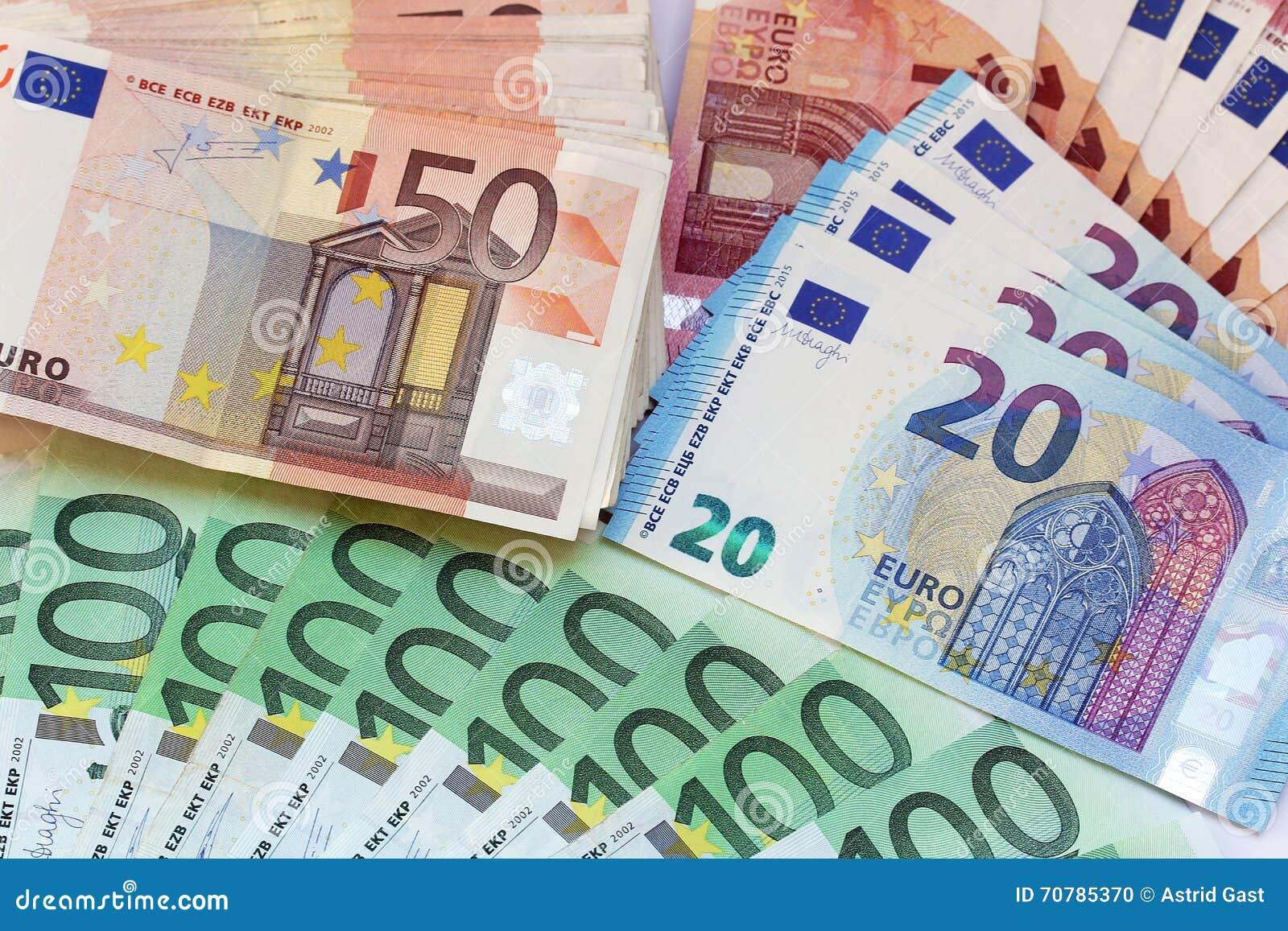 Mucho Dinero Foto De Archivo Imagen De Nota Banknote 70785370