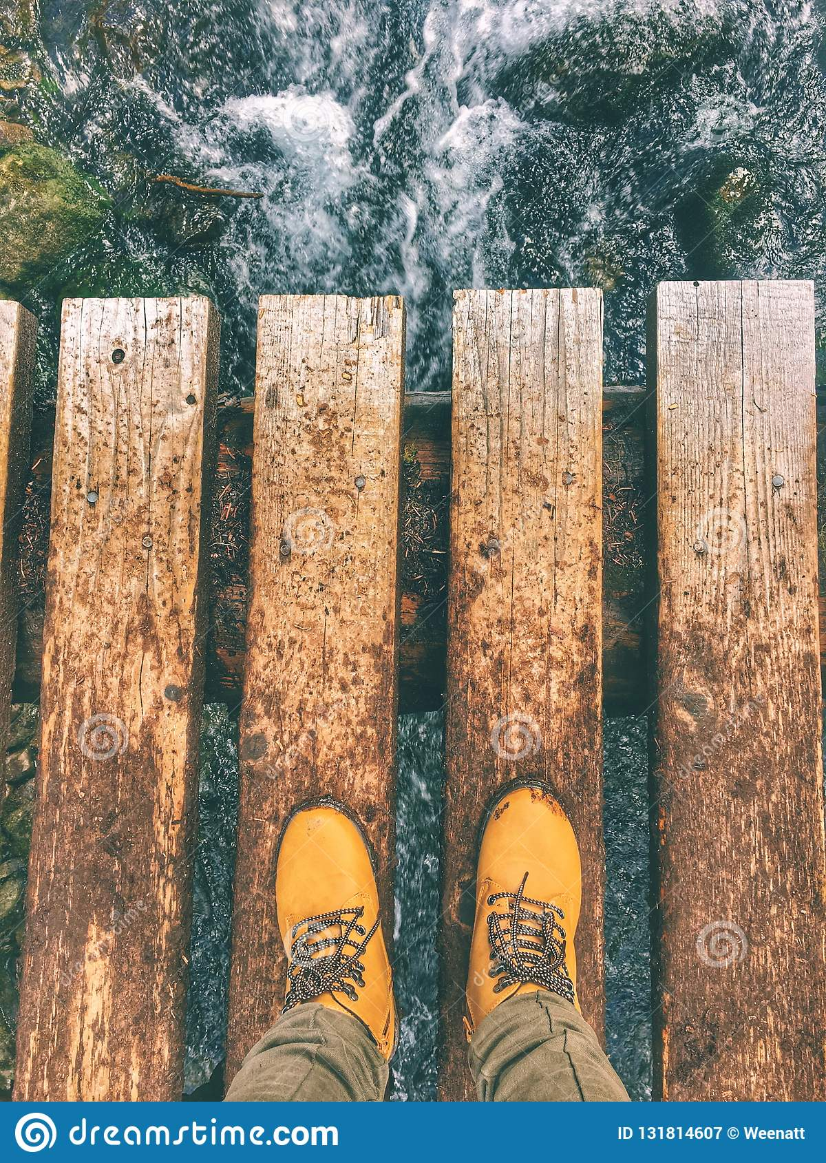 Muddy Boots a Joffre Lakes Provincial Park