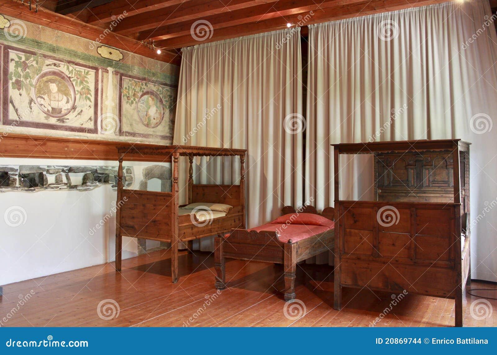 Muebles antiguos imagenes de archivo imagen 20869744 - Fotos de muebles antiguos ...