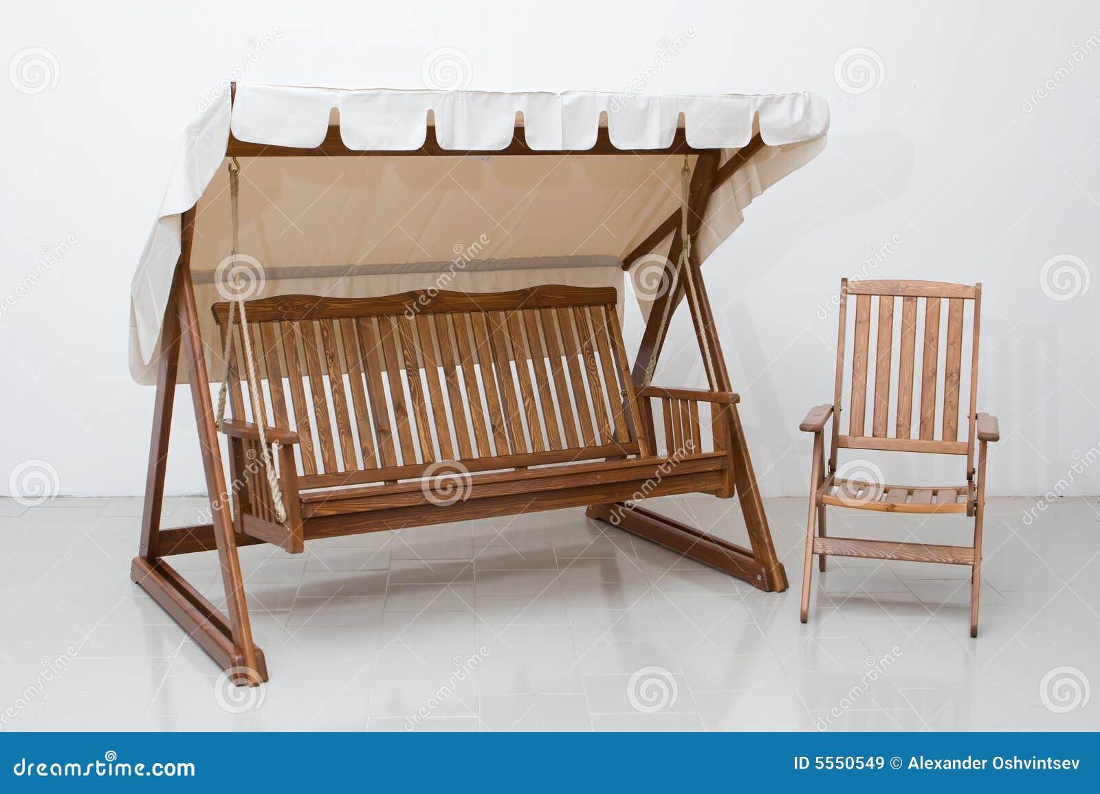 Muebles de madera imagen de archivo imagen de oscilaci n - Muebles de madera ...