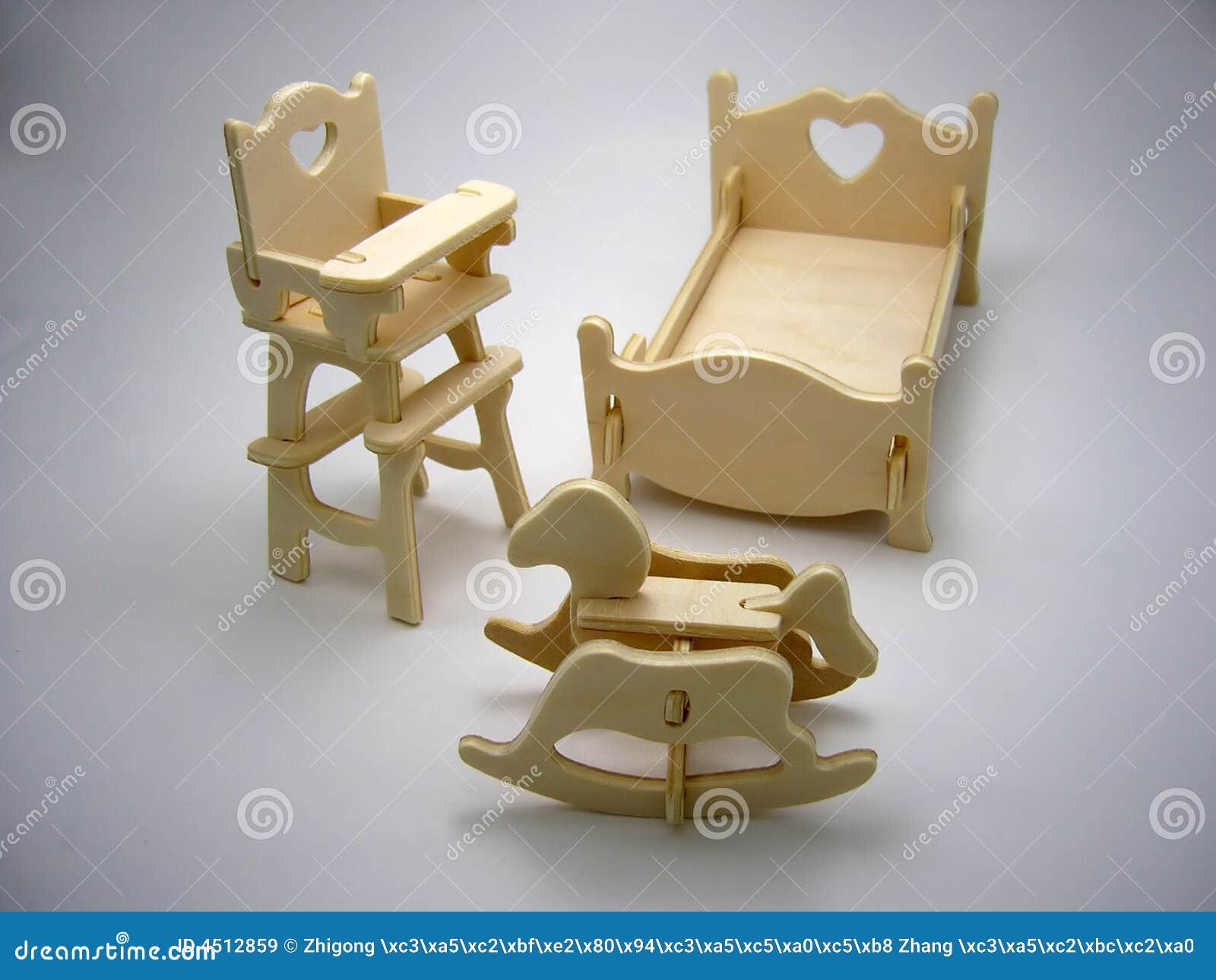 Muebles de madera del juguete dormitorio im genes de - Muebles de juguete en madera ...
