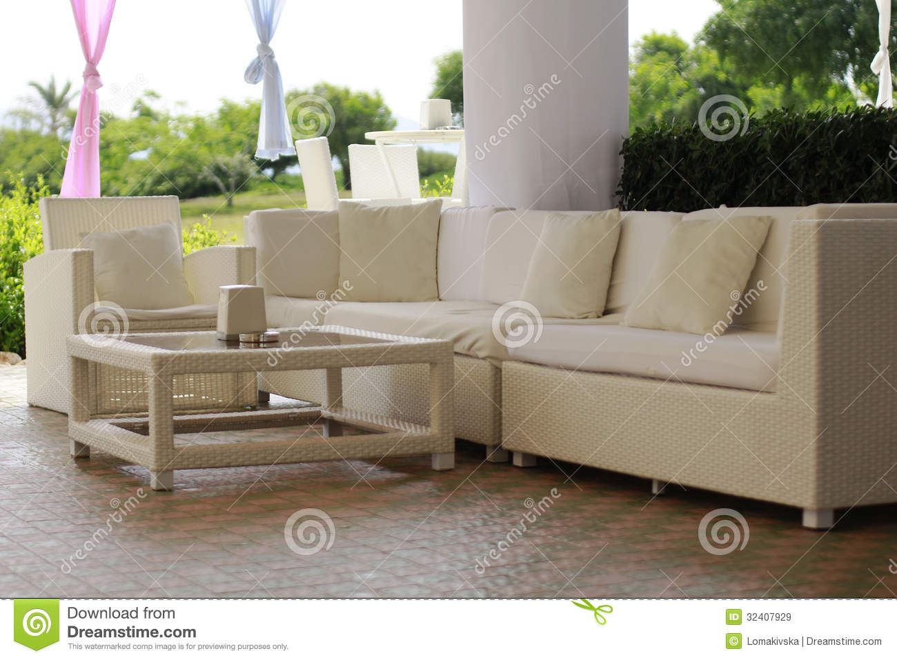 Muebles En Mimbre submited images.