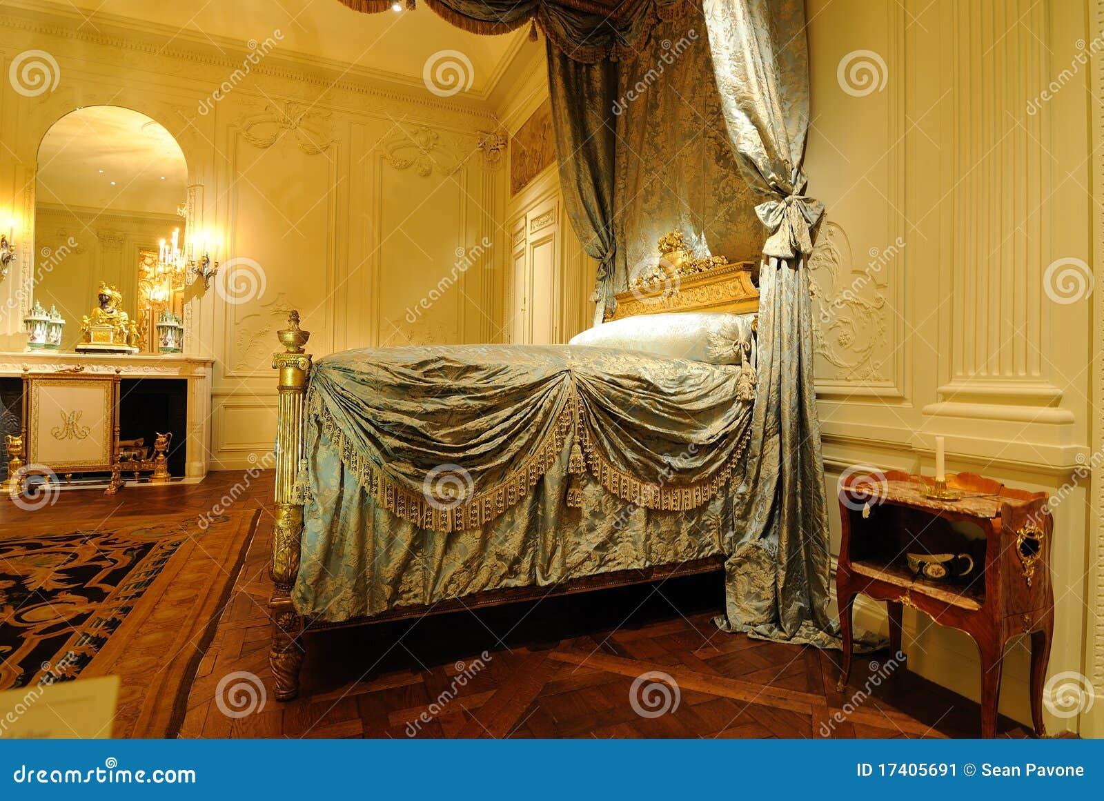 Muebles Historicos - Muebles Europeos Hist Ricos Foto Editorial Imagen De Furnishing [mjhdah]https://thumbs.dreamstime.com/z/muebles-hist%C3%B3ricos-de-la-cocina-88307633.jpg
