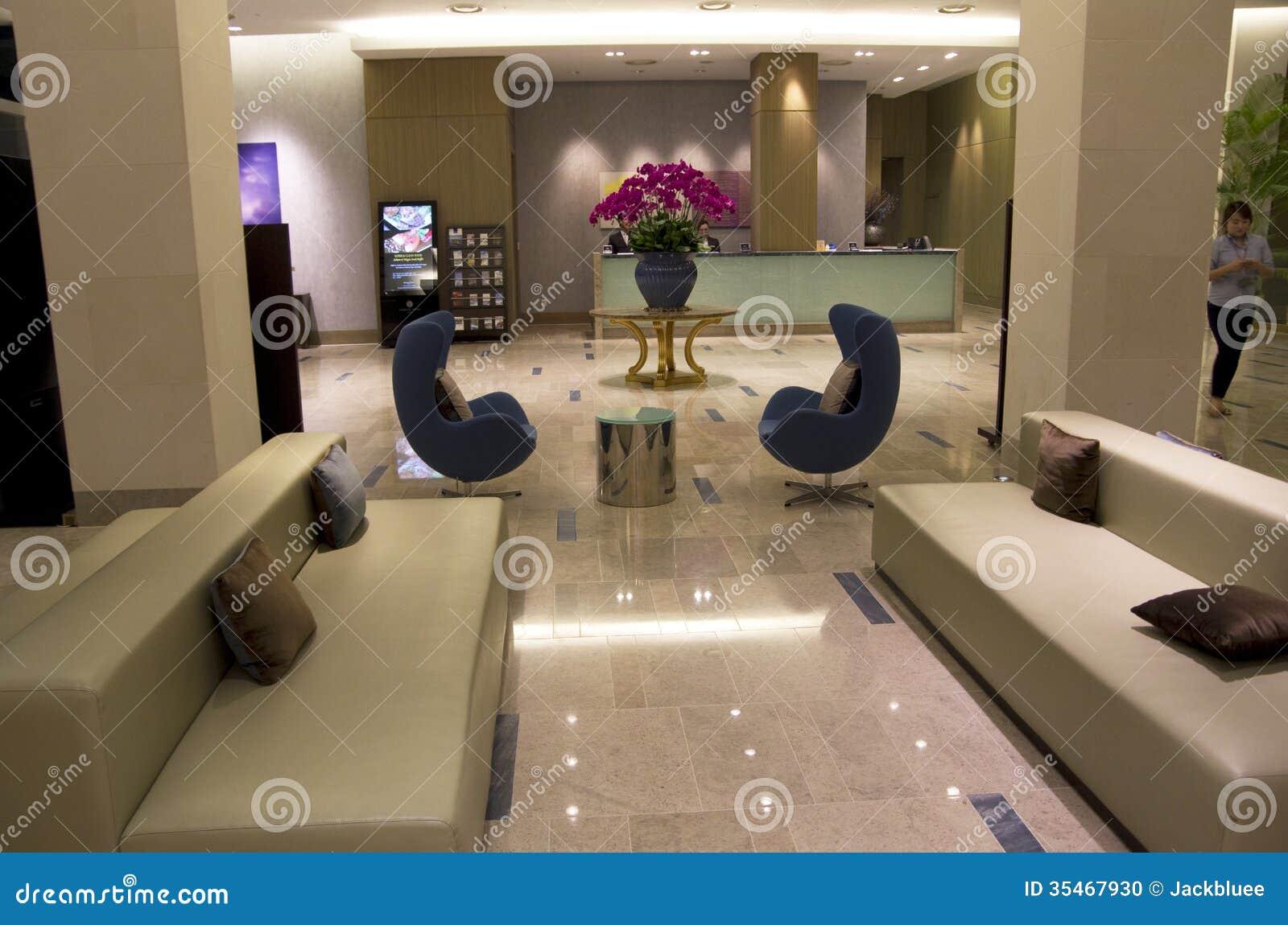 Muebles Modernos En El Apartamento De La Belleza Imagen De Archivo  # Muebles Lujosos Y Modernos