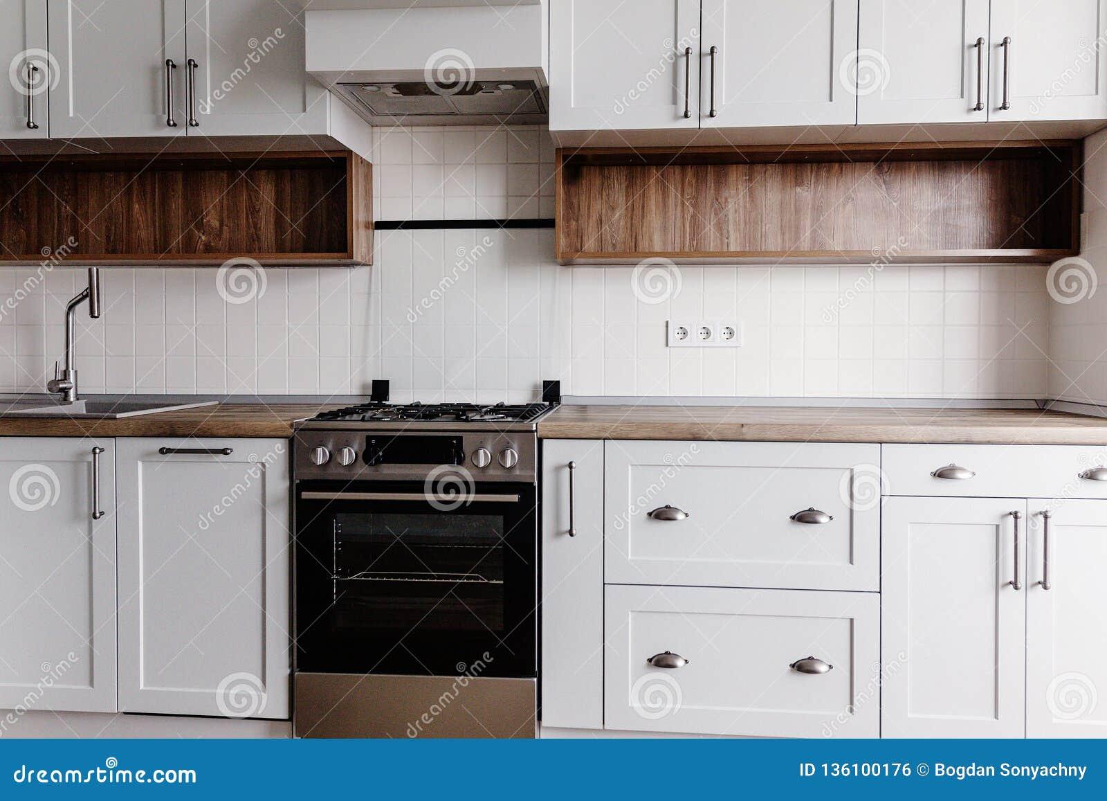 Muebles Modernos De Lujo De La Cocina En Color Gris Y Horno ...
