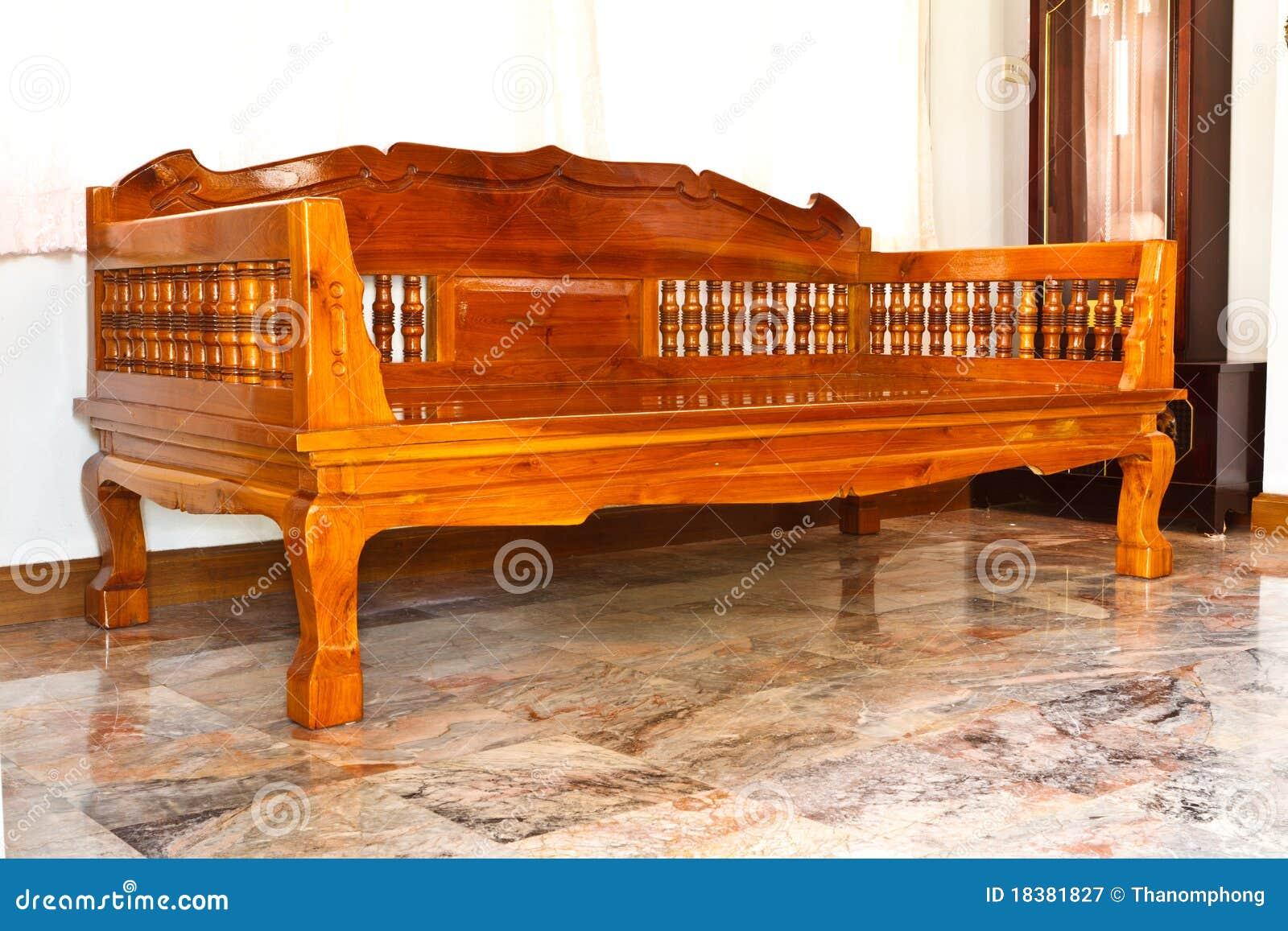 Muebles modernos de madera fotograf a de archivo libre de for Muebles modernos de madera para sala