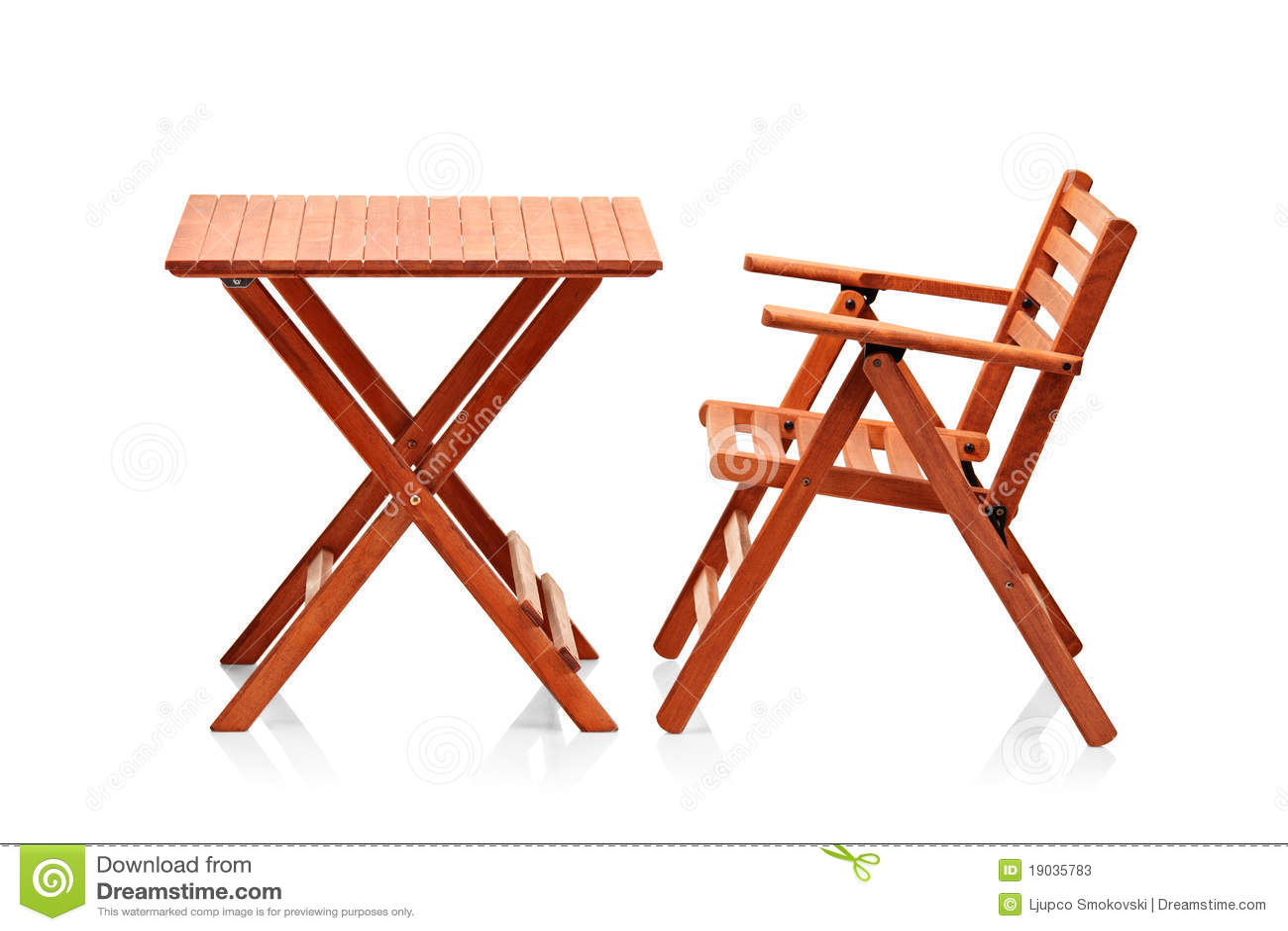 Muebles Plegables De Madera De La Playa Imagen De Archivo Imagen  # Muebles Peglables