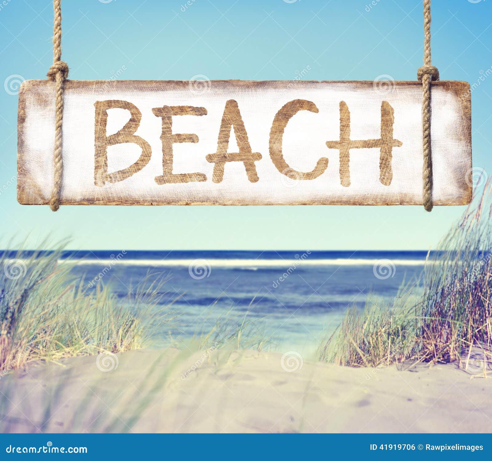 Muestra de la playa y del tablón con la playa del texto