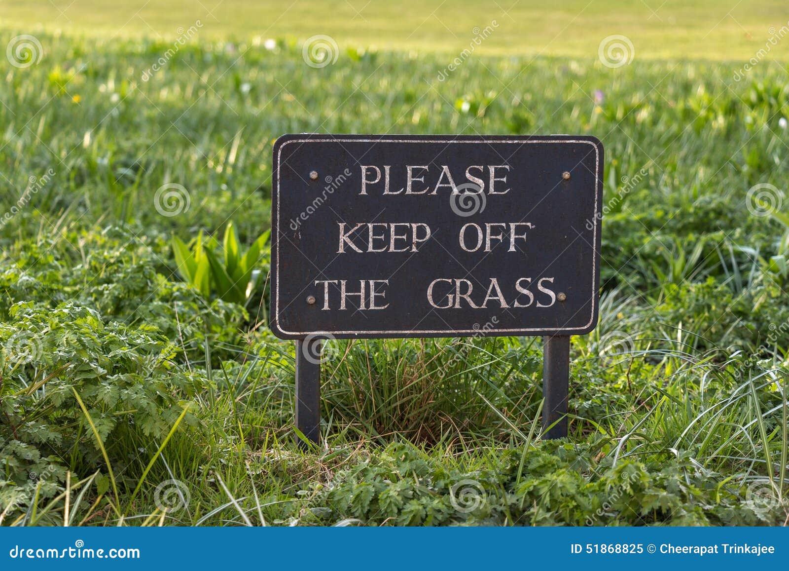 Muestra de la precaución del vintage: Evite por favor la hierba
