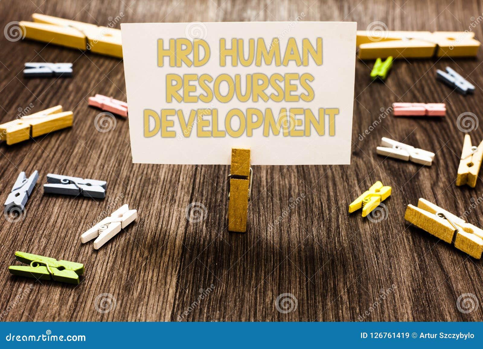 Muestra del texto que muestra a Hrd el desarrollo de recursos humanos Los empleados de ayuda de la foto conceptual desarrollan la