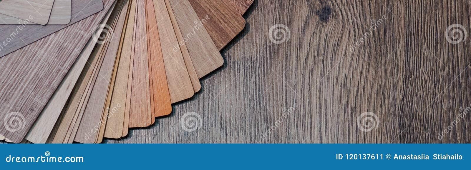 Muestras de madera para la lamina o los muebles del piso en el edificio casero o comercial Pequeños tableros de la muestra del co