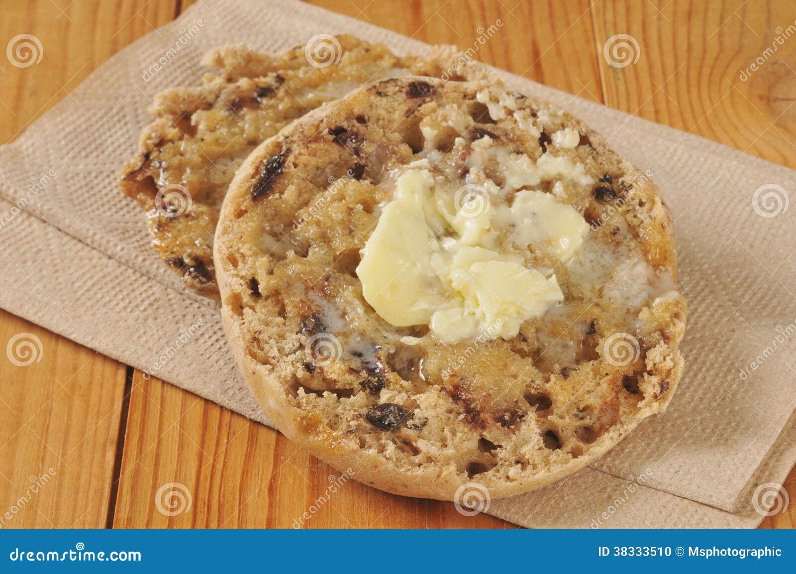 Muffin Inglese Delluva Passa Della Cannella Fotografia Stock