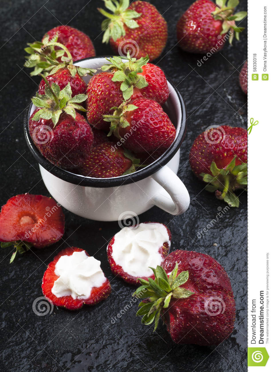 Mug with fresh strawberries