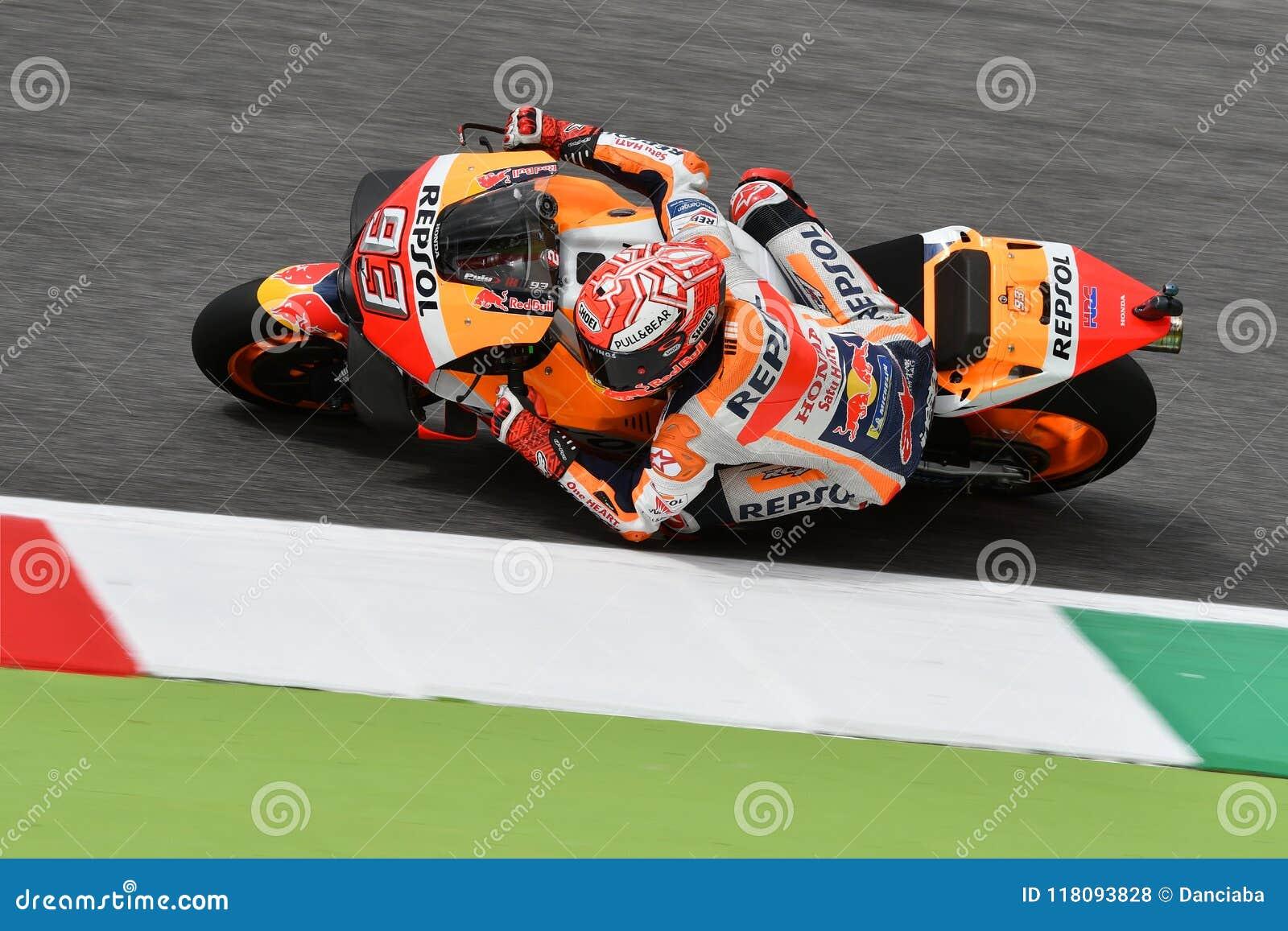 MUGELLO - ITALIE, JUIN : Cavalier Marc Marquez d équipe de Honda Repsol d Espagnol pendant la session de qualification au général