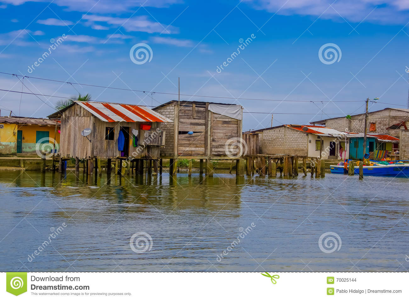 Buying A House In Ecuador 28 Images Come And Help Me To Build A Bamboo House In Mompiche