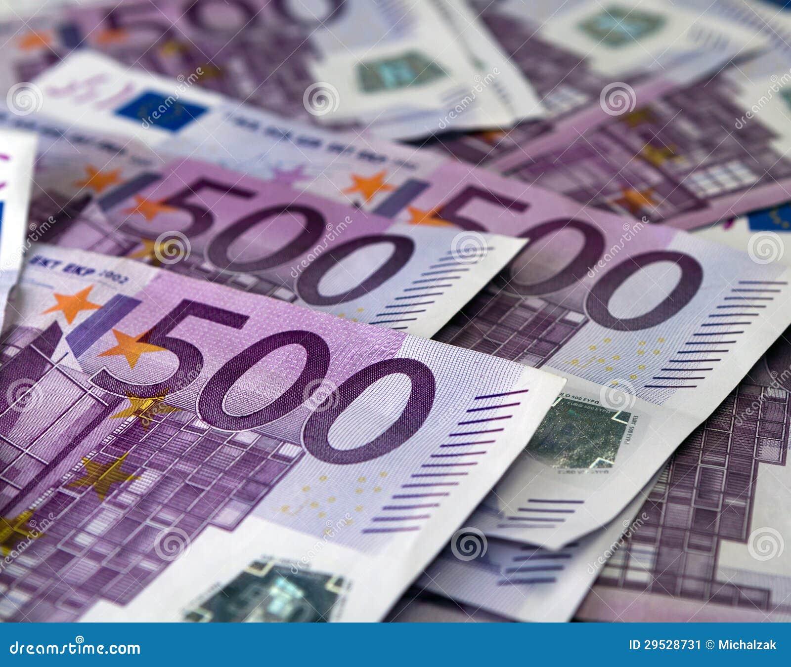 Muitas 500 euro- cédulas