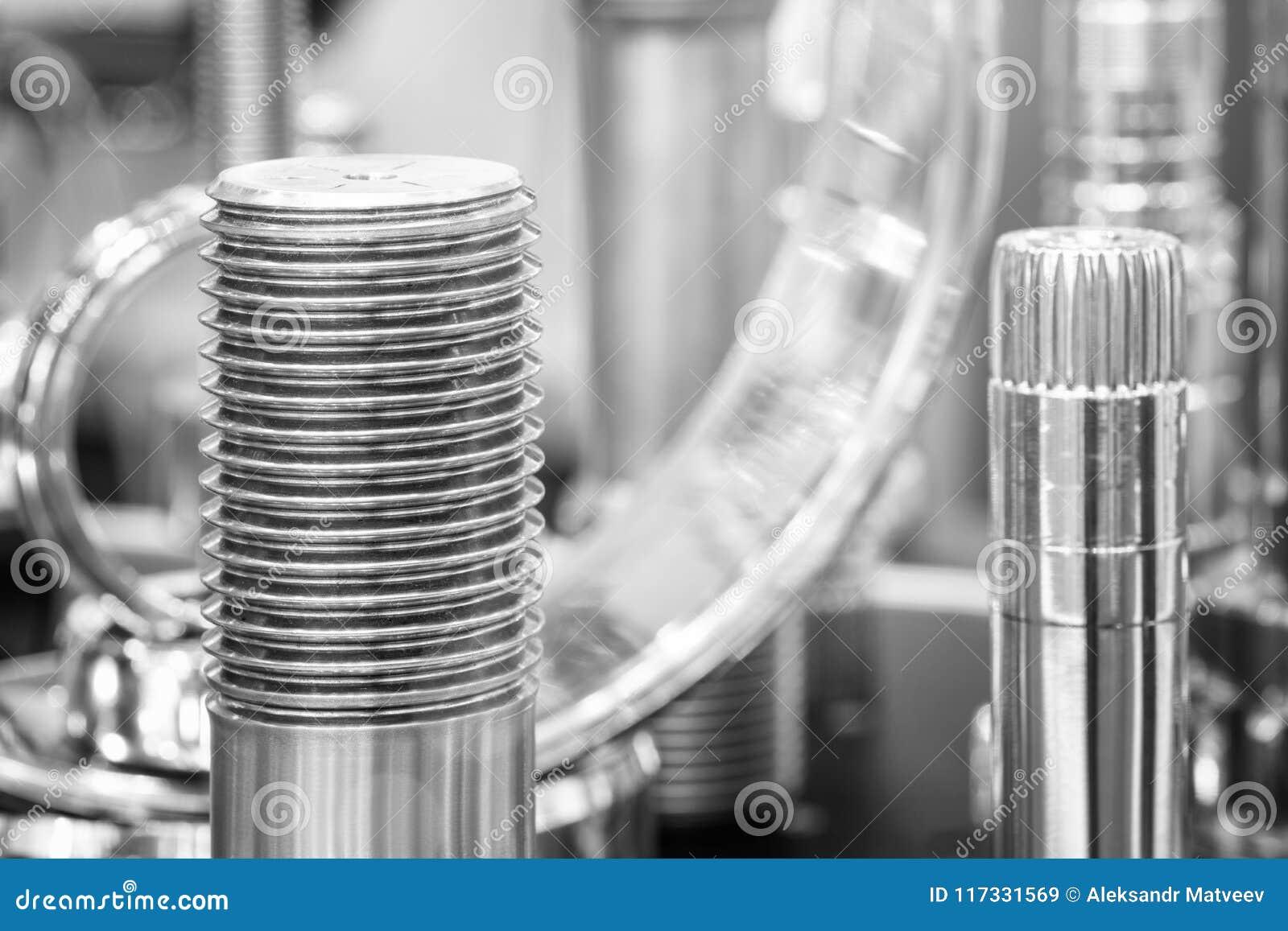 Muitos tipos de metal detalham o fundo do projeto industrial
