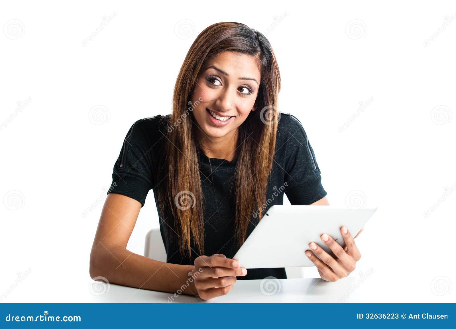 Mujer que usa videos de vibradores