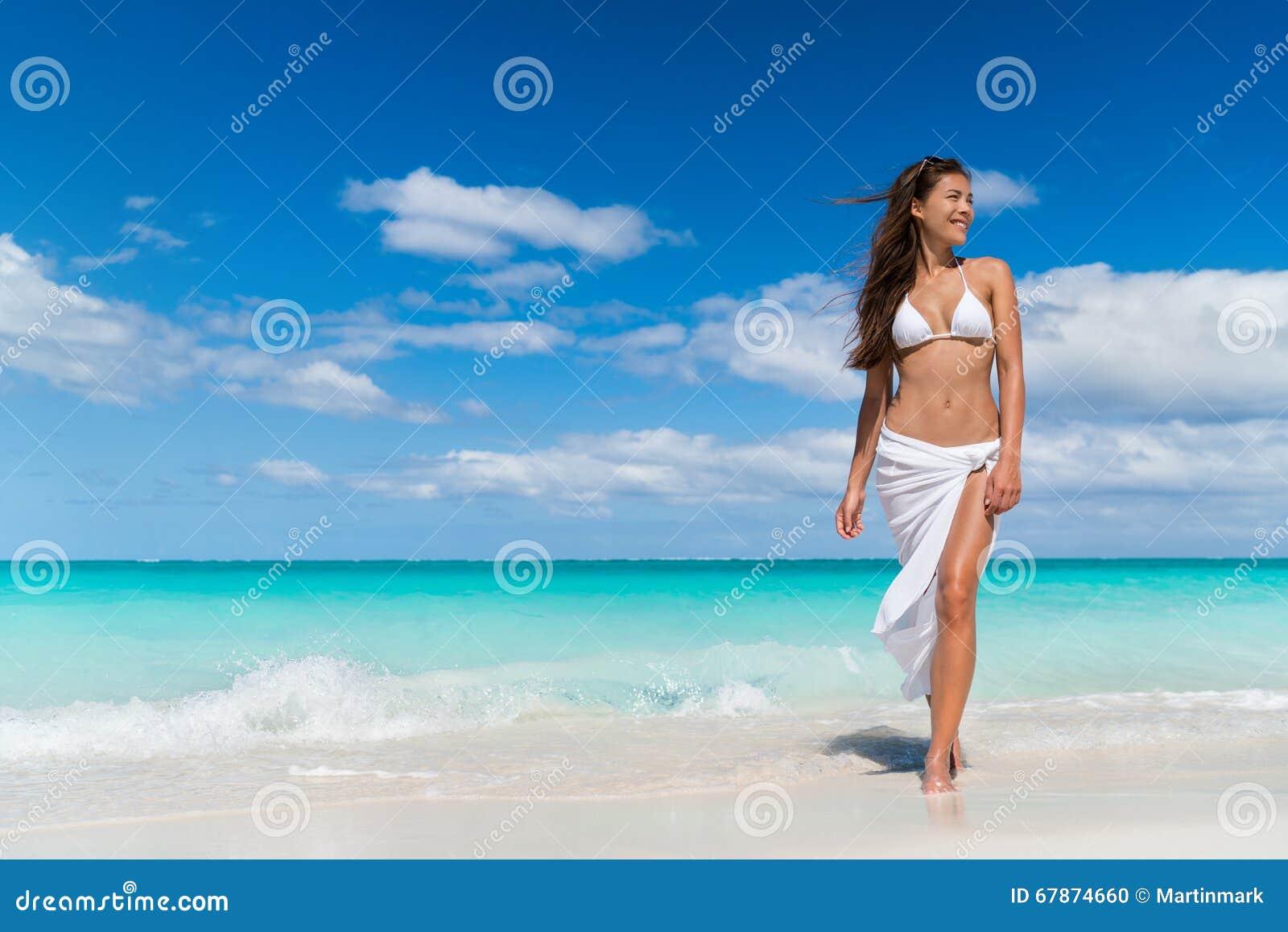 Ropa de playa para mujer blanca