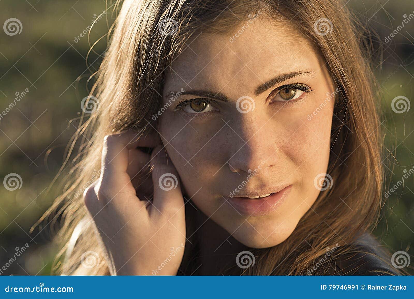 Mujer bastante joven