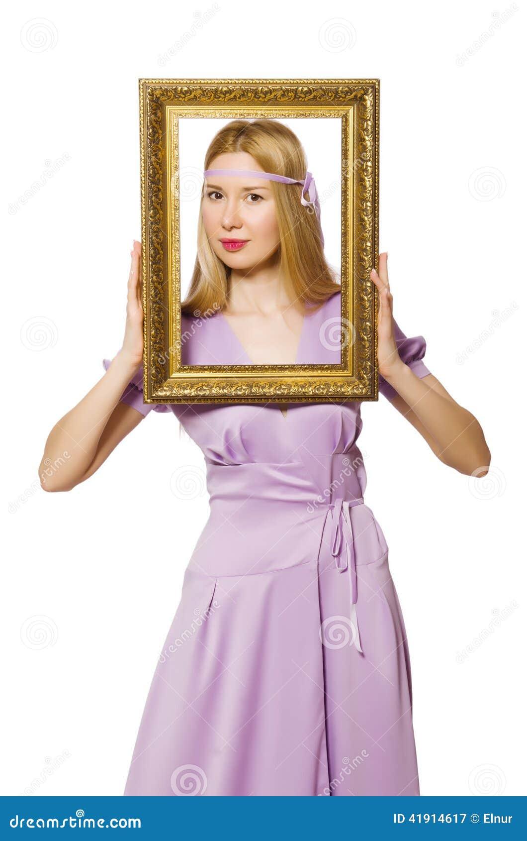 Mujer con el marco