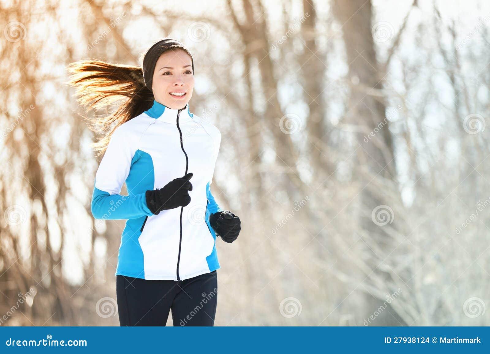 Mujer corriente del deporte